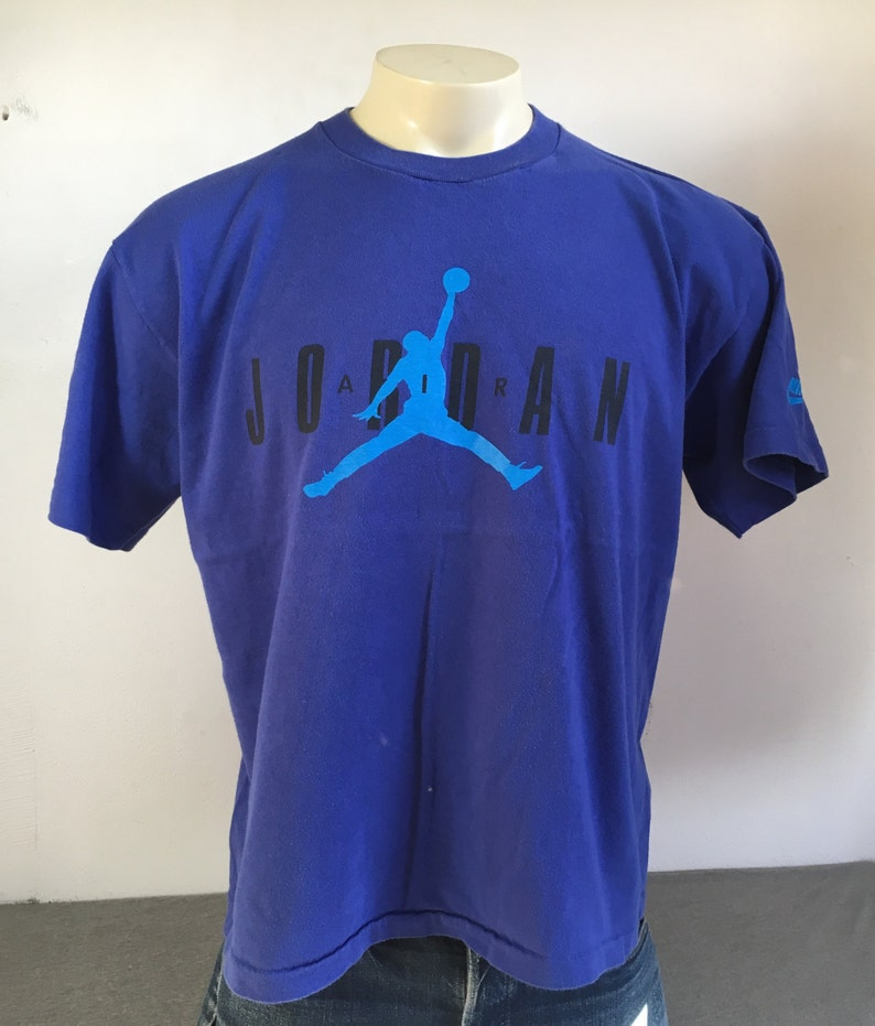 new arrival 900c4 1a5be NIKE AIR JORDAN Shirt 90s Vintage  Michael Jordan Jump Man   Etsy