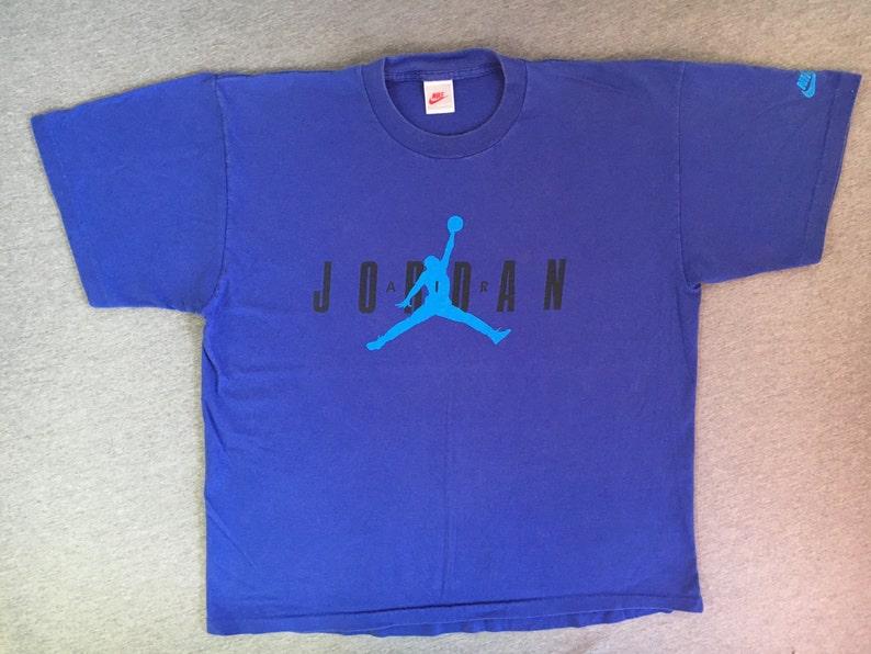 NIKE AIR JORDAN camicia anni 90 Vintage   Michael Jordan salto  3bcc0996f7e
