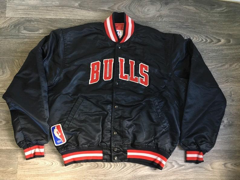 c6fa4433a4b94 Vintage CHICAGO BULLS STARTER Jacket 80s Black Satin Quilted | Etsy