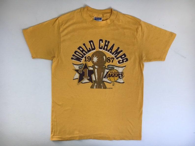 premium selection 96bcd 01bfd Vintag LAKERS Shirt 1987 80's LA Los Angeles World Champions Basketball  Tshirt/ UsA Made Gold NbA LeBron James S/M