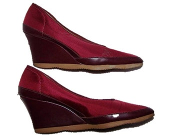 e0a17d4f7c7 Women s Size 7 Shoes Famolare Vegan Shiny Wine Red Fabric Wedge Platform  High Heeled Pumps Vintage 70 s Retro Famolares