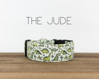 "Dinosaur Green and White Modern Unisex Dog Collar ""The Jude"""