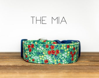 """Green & Red Vintage Floral Flower Dog Collar """"The Mia"""""""