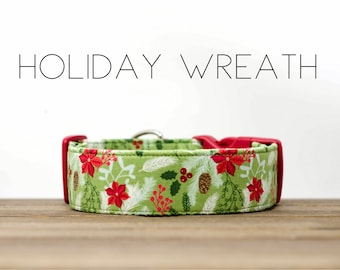Holiday Green and Red Holiday Wreath Dog Collar