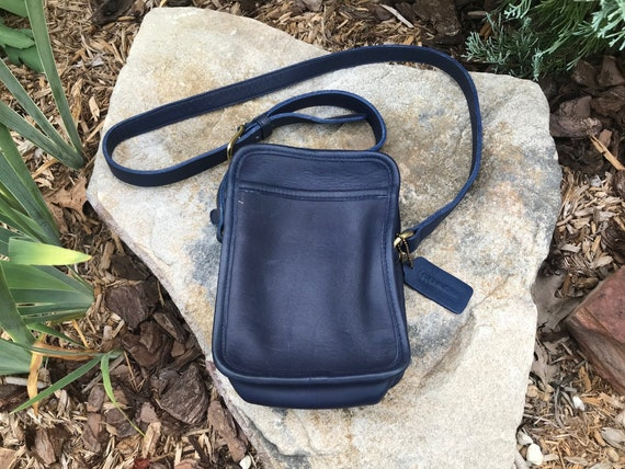 Vintage Coach Bag 9973 Kit Camera Bag Navy Blue Le