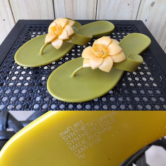 90s 2000s Nine West Jelly Sandals Green Yellow Fl… - image 1