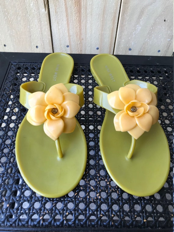 90s 2000s Nine West Jelly Sandals Green Yellow Fl… - image 3