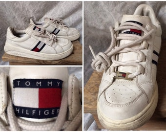 1f54987898fe3a Vintage Women s 90 s Tommy Hilfiger Sneakers White Blue Red Flag Logo Shoes  Leather Size 7.5