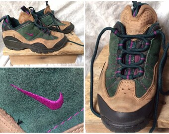 2df475022a43 Vintage Women s 90 s Nike ACG Low Hiking Boots Brown Tan Green Purple  Leather size 7.5 euro 38.5 uk 5