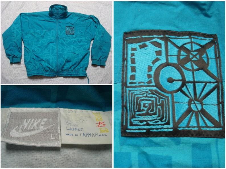 861ee7a1be4e Vintage Men s 90 s Nike Jacket Windbreaker Green