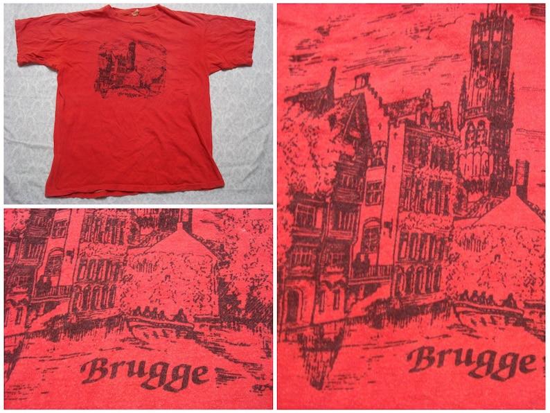 500adf7d97e Vintage Men s 80 s Brugge Tee shirt Red Souvenir
