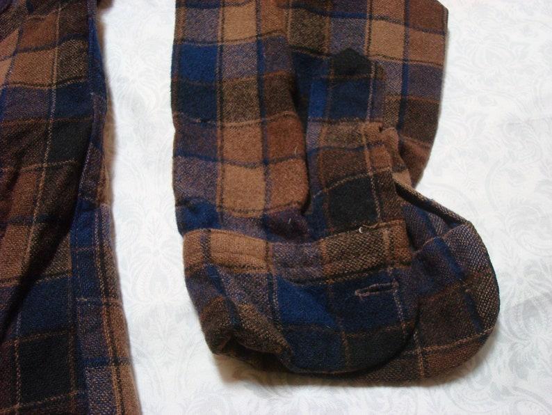 Vintage Men/'s 60/'s Pendleton Shirt Brown Blue Black Plaid Loop Collar Pure Virgin Wool Long Sleeve Buttonup Medium Made in USA