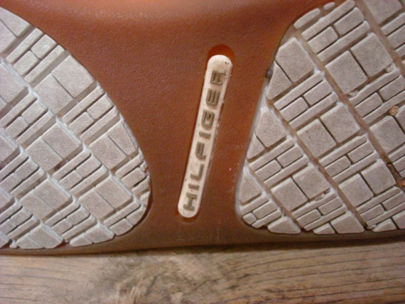 Vintage Tommy Hilfiger Sneakers Tan White Blue Re… - image 9