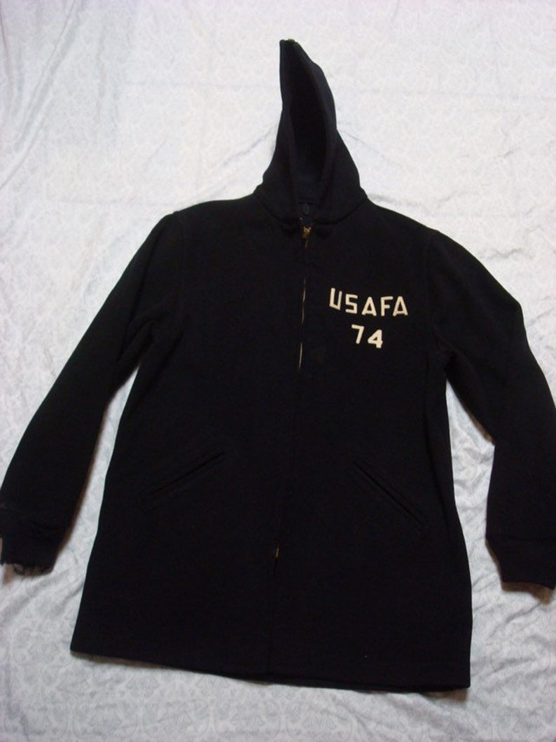 Vintage Men/'s 60/'s Parka Cadet/'s Air Force Academy USAFA 1974 Military Jacket Black Hood Sewn Letters Distressed Medium Long Made in USA