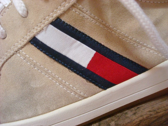 Vintage Tommy Hilfiger Sneakers Tan White Blue Re… - image 10