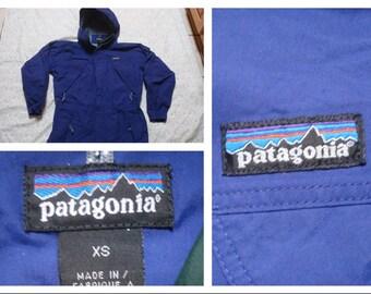 Vintage Retro Men's 90's Patagonia Parka Shell Purple Hood Full Zip Jacket XS