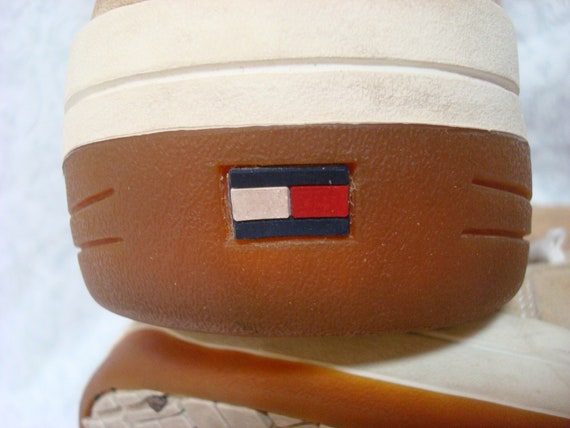 Vintage Tommy Hilfiger Sneakers Tan White Blue Re… - image 6