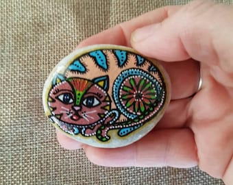 Cat fridge decor, Cute cat magnet, cat magnet, refrigerator magnet, fridge magnet, stone magnet, rock magnet, painted rocks, kitchen decor