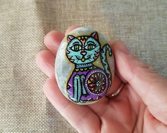 Cat memo bolder, Cat fridge decor, Cute cat magnet, cat magnet, refrigerator magnet, fridge magnet, stone magnet, rock magnet, painted rocks