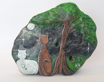Black and white cat at fool moon night, painted rock, cat rocks, love cats, hand painted sand stone
