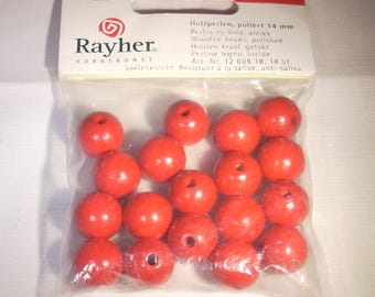 Wooden beads polished rayher beads 14mm red pouch