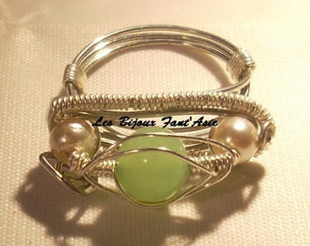 """Silver plated wire wrapped in copper wire """"Green eye"""" ring"""