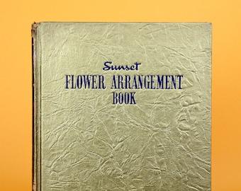 RARE Vintage Book Flower Arrangement 1940s Bouquet Wedding Centerpiece Vintage Home Decor - FREE SHIPPING
