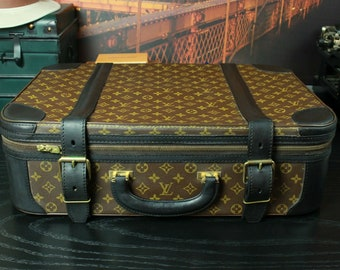 589ebf08cdb5 LOUIS VUITTON France Black Trim Monogram Suitcase Luggage Case Travel Bag  Mens Custom Finish