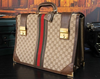 b7fd7ecdbc20 GUCCI Rare Vintage Collectible Lawyer Doctor Professional Attache Briefcase  Bag Mens