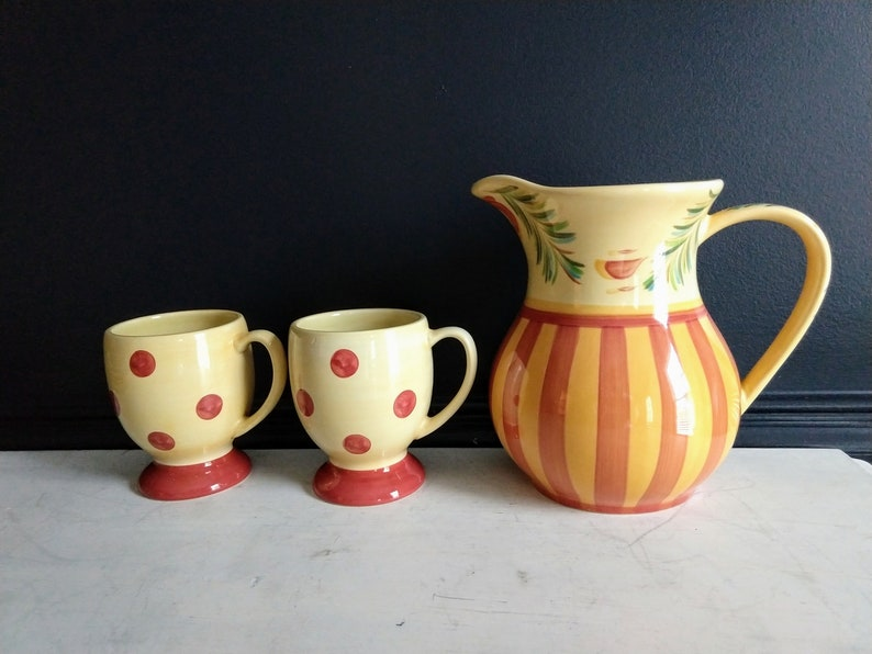China Hand Painted  Siena Pottery Pitcher With Two Mugs  image 0