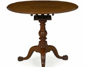 18th Century American Queen Anne Period Antique Tilt Top Walnut Tea Table, probably Chester County, Pennsylvania c. 1770