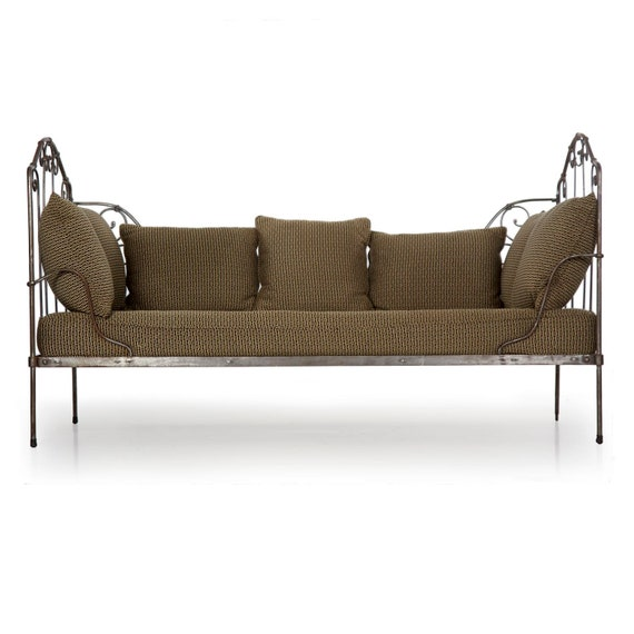 Peachy Daybed Vintage Sofa Daybed Chaise Lounge Wrought Iron With Gray Metal Surface Daybed Sofa Upholstered 19Th Century Creativecarmelina Interior Chair Design Creativecarmelinacom