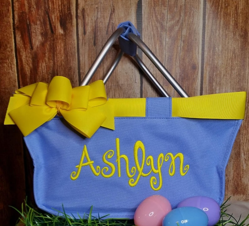 Hydrangea Mini Market Tote with Ribbon Monogrammed image 0