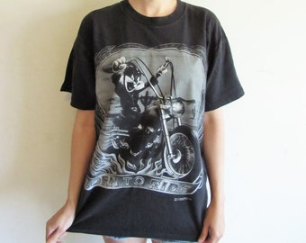 54ed8f2270aa Vintage Bugs Bunny T Shirt 90s Motorcycle T shirt Looney Tunes T shirt Born  To Ride L XL