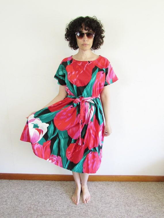 Vintage Tulip Dress 1980s Oversized All Over Larg… - image 1