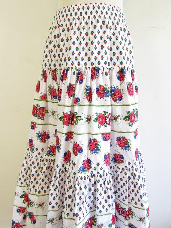 Vintage Liz Sport Skirt 1980s 1990s White Floral … - image 4
