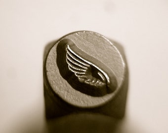 6mm RIGHT BIRD WING design stamp, Angel Wings, Wings, Heavenly symbols, religious stamps, jewelry stamps, metal stamps,metal stamping tools