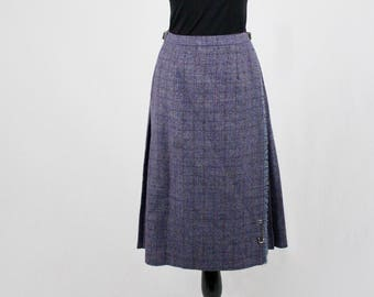 1990s Subtle Plaid Scottish Wool Kilt Style Skirt Leather Buckles Skirt Pin