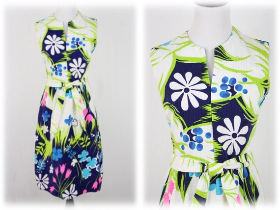 1970s Hawaiian Dress Fit and Flare Dress