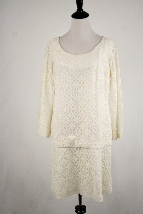 1960s Dress Mod Lace Mini Dress Bell Sleeves Wedd… - image 4