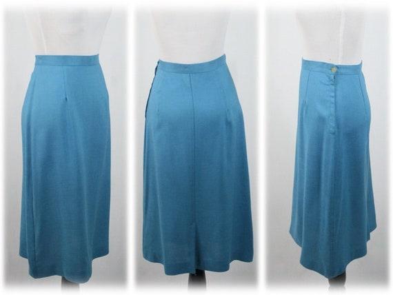1950s Suit Blue Linen Skirt Suit - image 9