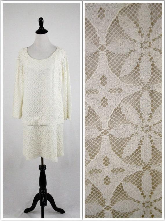 1960s Dress Mod Lace Mini Dress Bell Sleeves Wedd… - image 1