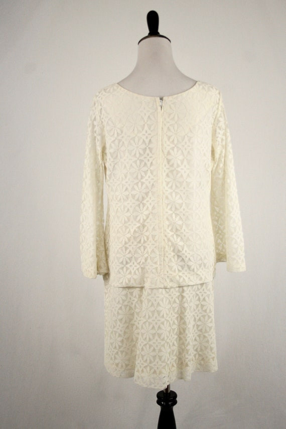 1960s Dress Mod Lace Mini Dress Bell Sleeves Wedd… - image 6