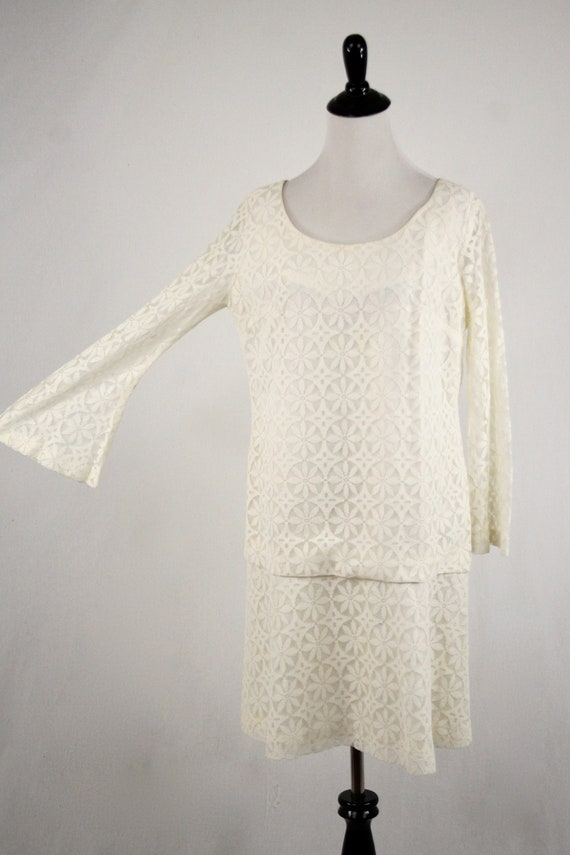1960s Dress Mod Lace Mini Dress Bell Sleeves Wedd… - image 2