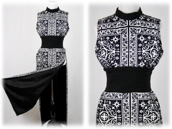 1970s Dress Hostess Tunic Maxi Dress