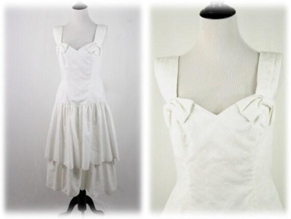 1980s White Cotton Eyelet Dress Ruffled Skirt Sund
