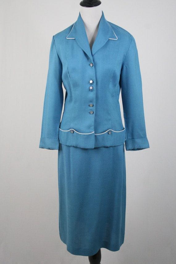 1950s Suit Blue Linen Skirt Suit - image 3