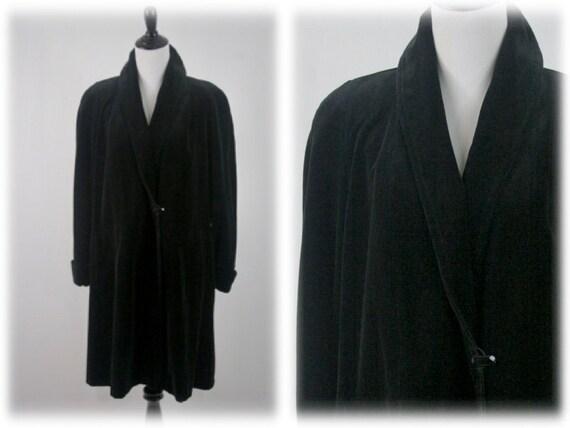 Vintage Coat Black Velvet Evening Coat