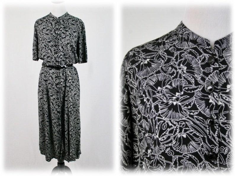 1990s Liz Claiborne Dress Black White Rayon Art Deco Print  be2a0fdf5