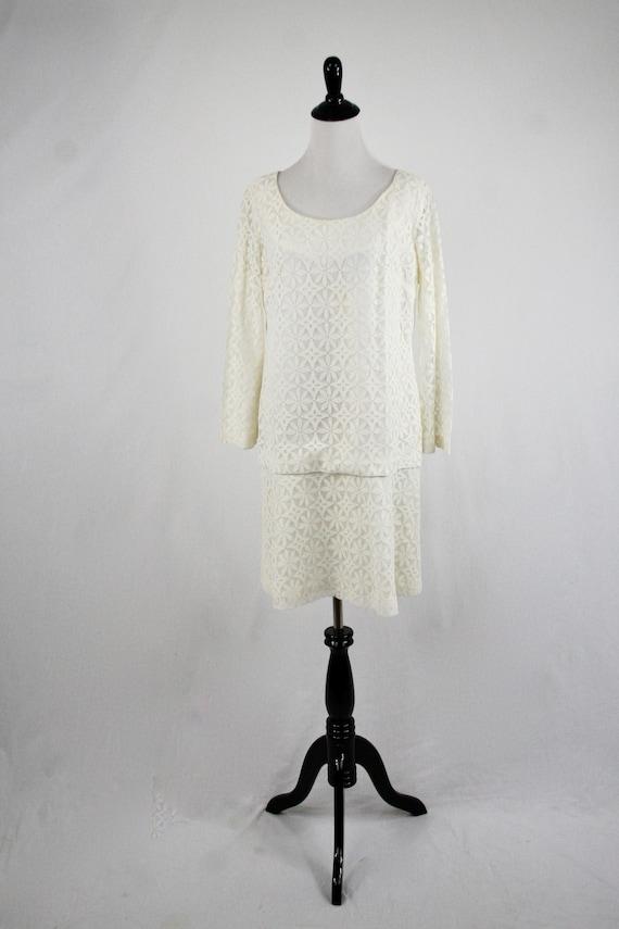 1960s Dress Mod Lace Mini Dress Bell Sleeves Wedd… - image 3